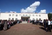 Մելիք Գիւղի Դպրոցը Վերանորոգուած է Արժանթինահայ Սուրէնեան Ընտանիքին Կողմէ