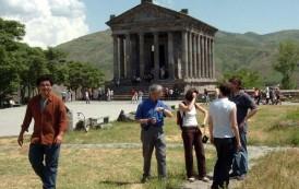 Հայաստան Ժամանող Զբօսաշրջիկներուն 23 Տոկոսը Կու գան ԵՄ Երկիրներէն, 22 Տոկոսը` Ռուսիայէն, 10 Տոկոսը` ԱՄՆ-էն